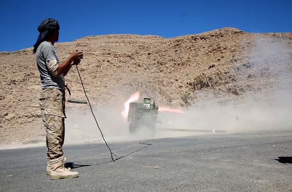 Photo of تجدد المعارك شرق العاصمة صنعاء وسقوط قتلى من الانقلابيين وأسر آخرين