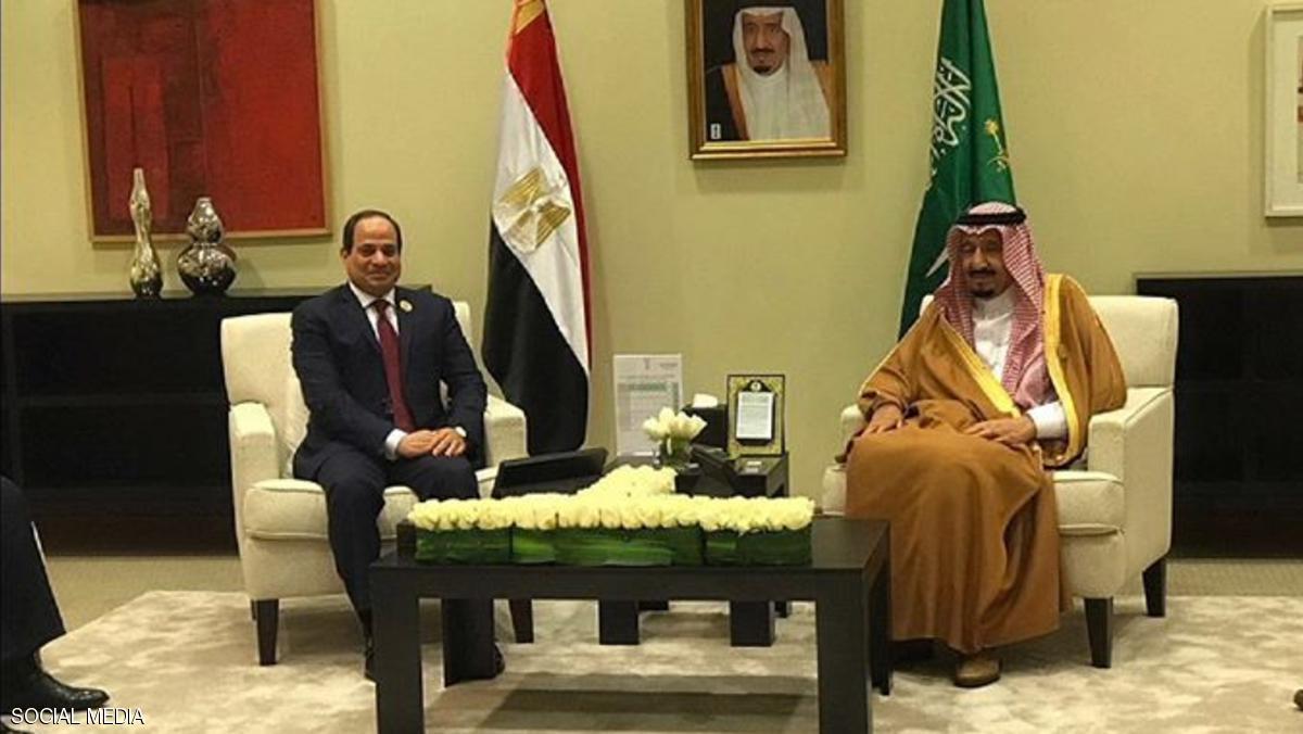 Photo of الملك سلمان يلتقي السيسي على هامش القمة العربية