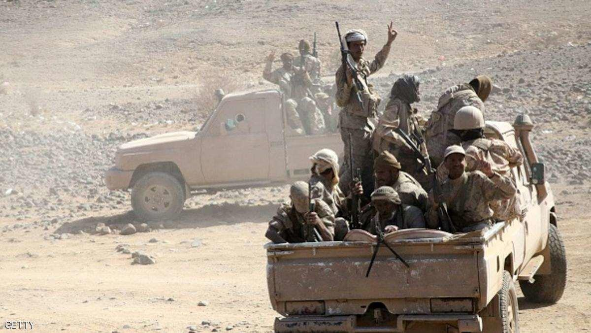 Photo of الجيش يعلن تحرير آخر معاقل المليشيا في نهم ويتقدم باتجاه مديرية أرحب شرق العاصمة صنعاء