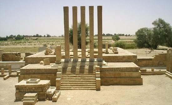 Photo of إنجاز 40% من مشروع إستاد رياضي بموصفات الفيفا في محافظة مأرب