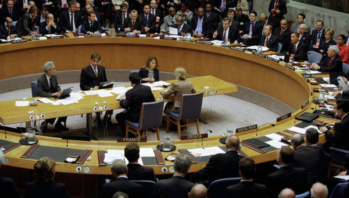 """Photo of مجلس الأمن يعقد جلسة استماع لـ""""غريفيث"""" حول فشل المشاورات اليمنية في جنيف"""