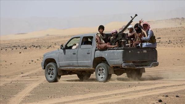 Photo of الجيش اليمني يعلن مقتل 244 حوثيًا بينهم 28 قيادياً في نهم خلال 20 يوما