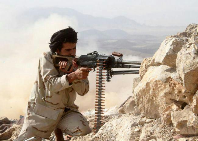 Photo of الجيش اليمني يعلن عن أسر 200 من مسلحي الحوثي خلال معركة تحرير بيحان جنوب شرق البلاد