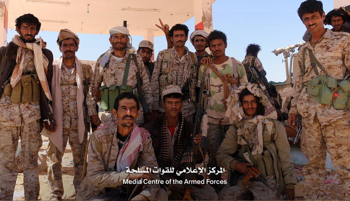 Photo of الجيش اليمني يعلن عن نجاح صفقة تبادل 241 أسيرا مع جماعة الحوثي في بيحان بشبوة