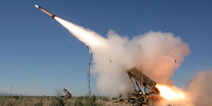 Photo of الحوثيون يقايضون السعودية: وقف القصف مقابل إيقاف الصواريخ