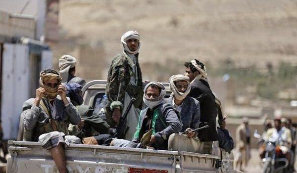 Photo of الحوثيون يعلنون مقتل اثنين من قادتهم في المعارك الدائرة غربي البلاد