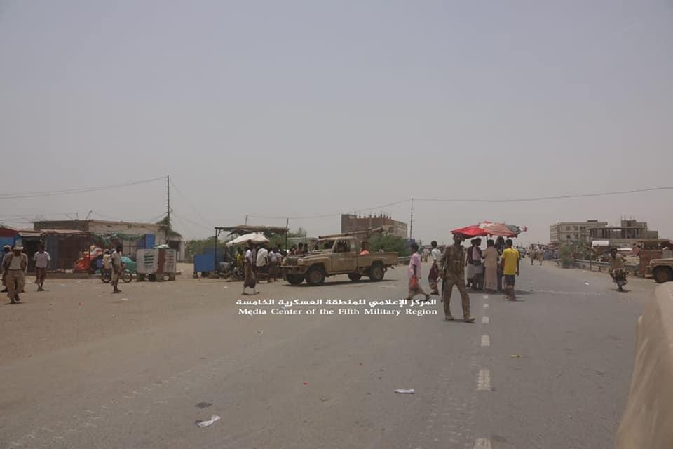 """Photo of القوات الحكومية تسيطر على """"حيران"""" والخط الدولي نحو حرض شمالي اليمن"""