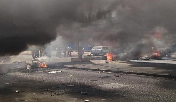 Photo of تظاهرات متواصلة في مدن جنوبية لليوم الخامس احتجاجاً على تدهور العملة اليمنية