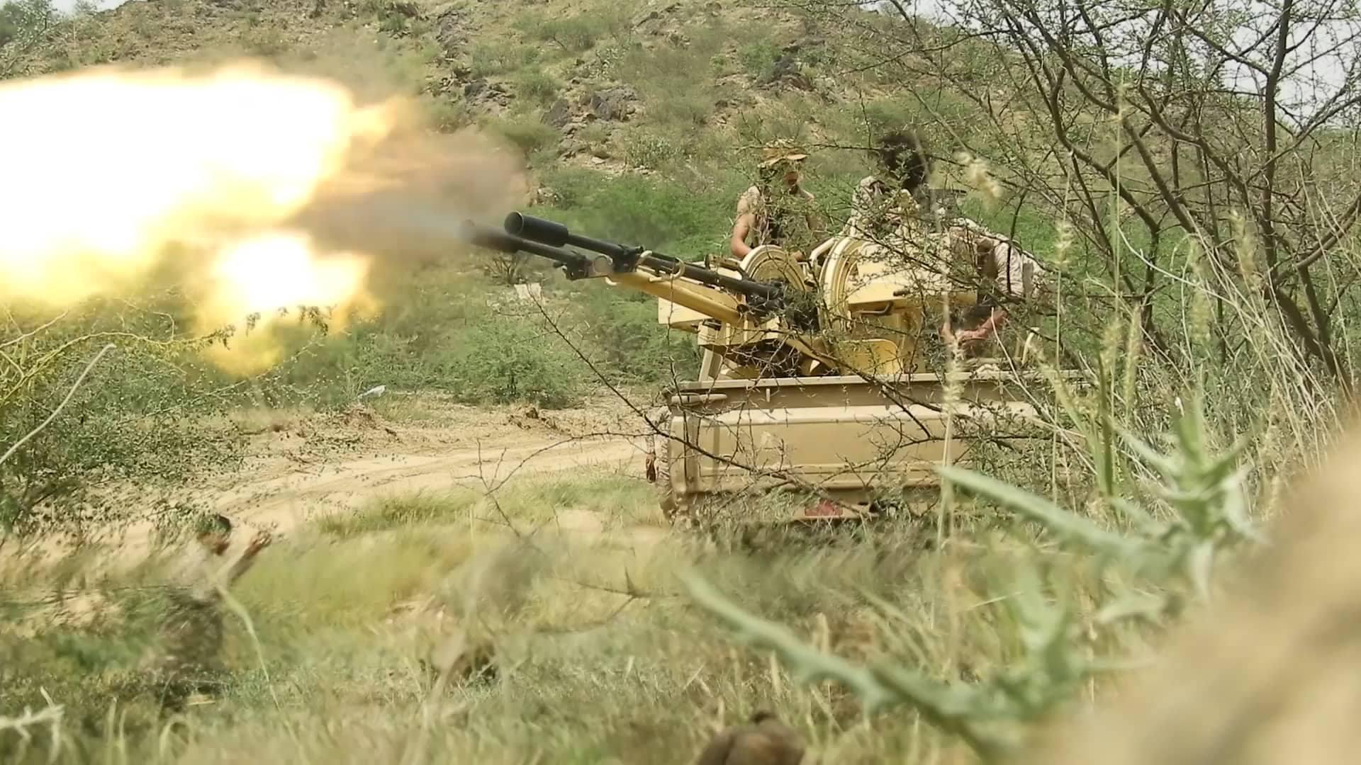 Photo of الجيش اليمني يعلن سيطرته على مواقع استراتيجية شرقي البيضاء