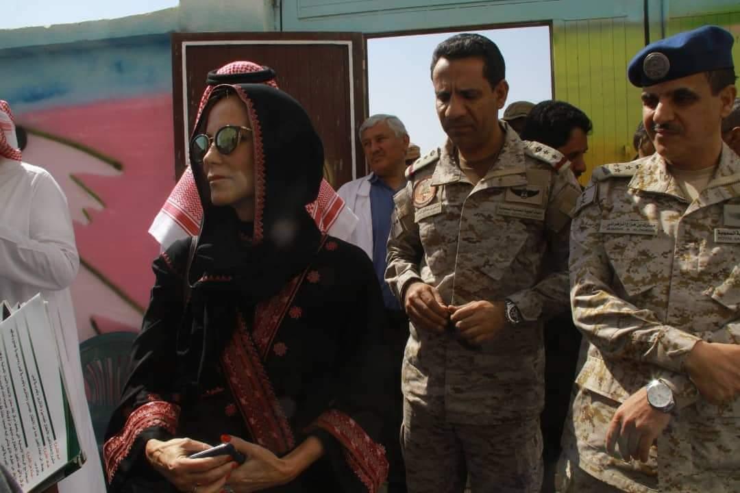 "Photo of ""مسؤولة أمريكية"" تزور مدينة مأرب برفقة وفد سعودي وتلتقي المحافظ وعدد من المسؤولين"