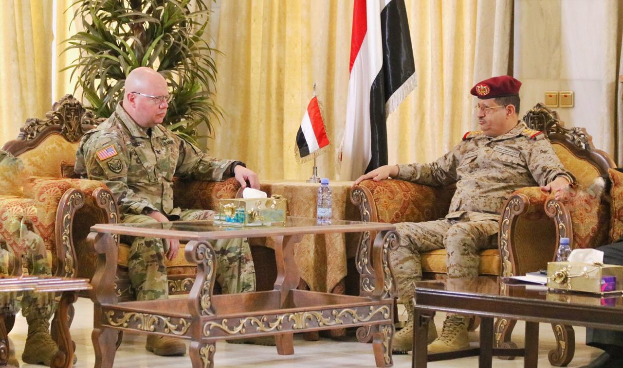 Photo of مباحثات يمنية أمريكية في المجال العسكري وجهود مكافحة الإرهاب