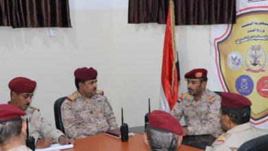 Photo of الجيش اليمني يقول إن عملياته العسكرية ضد الحوثيين مستمرة في مختلف الجبهات
