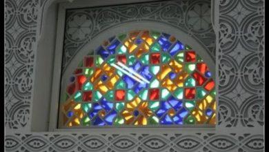 "Photo of وكالة: الحرب في اليمن تعرض صناعة نوافذ ""القمرية"" التقليدية للخطر"