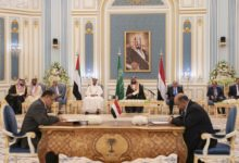 Photo of صحيفة: تحركات للمجلس الانتقالي الجنوبي تنسف اتفاق الرياض