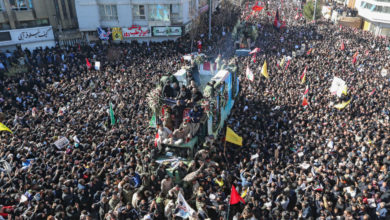 Photo of إيران تشيّع سليماني.. وسقوط 35 قتيلا و48 جريحا في تدافع خلال الجنازة