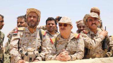 Photo of تغيرات في الجيش اليمني.. إعادة حزب المؤتمر للواجهة أم محاولة كسب المعركة ضد الحوثيين؟ (تقرير خاص)