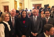 """Photo of """"موقع أمريكي"""" يكشف عن لقاء إسرائيلي إماراتي سري في البيت الأبيض"""