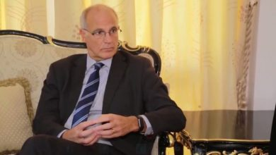 Photo of سفير بريطانيا لدى اليمن: الانتقالي جزء من الشرعية وإيران مستمرة بتسليح الحوثيين