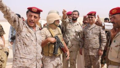 "Photo of قائد عسكري يمني: استعادة ""اللبنات"" تدشين لعمليات عسكرية واسعة خلال الأيام القادمة"