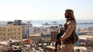 Photo of مع افتقار حلفاء الإمارات للحاضنة الشعبية.. هل يتجه اليمن نحو الانقسام إلى دولتين؟ (ترجمة)