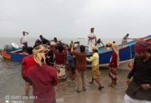 """Photo of سفينة """"سقطرى"""" المفقودة تصل إلى سواحل المهرة وسط استقبال حافل من السكان"""