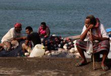 Photo of إريتريا تحتجز نحو 160 صياداً يمنياً