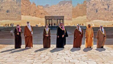 Photo of وفدان من الإمارات وقطر يلتقيان في الكويت لمتابعة نتائج القمة الخليجية الأخيرة