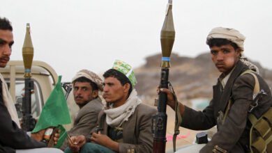 Photo of وكالة: مقتل 60 على الأقل في اشتباكات بين القوات الحكومية والحوثيين غرب مأرب