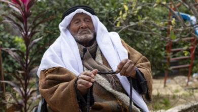 Photo of معمّر يمني في غزة يروي رحلة عيشه وقتاله في فلسطين