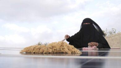 Photo of إيمان هادي: بطلة الطاقة الشمسية والمرأة الملهمة في الريف اليمني