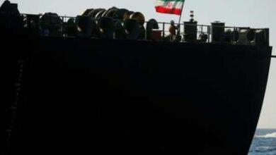Photo of نيويورك تايمز: إسرائيل أخطرت واشنطن بأن قواتها ضربت السفينة الإيرانية بالبحر الأحمر